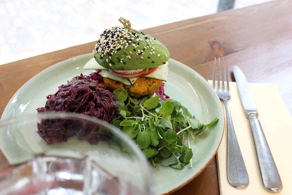 Avocado Bun Burger, Avobar, London